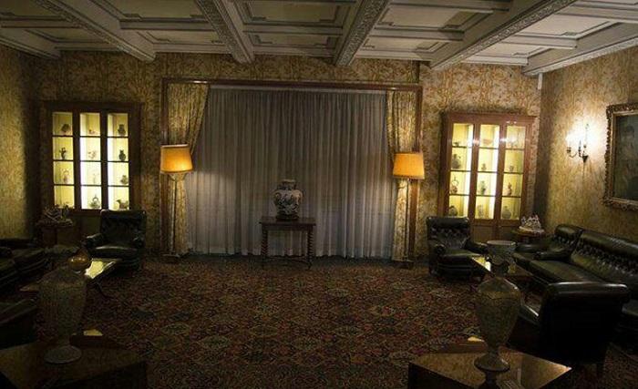اتاق نشیمن کاخ نیاوران