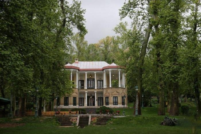 معماری کاخ نیاوران