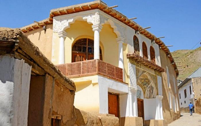 خانه نیمایوشیج در یوش