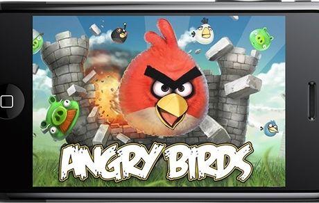 پرندگان خشمگین ده ساله شدند!