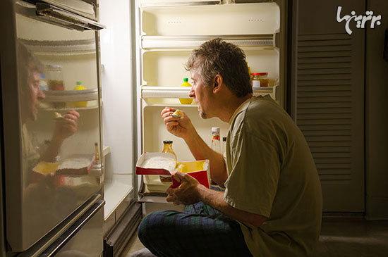این ۶ ماده غذایی را در قبل از خواب نخورید!