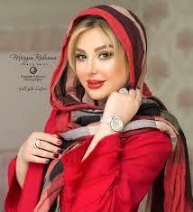 نیوشا ضیغمی در لباس قرمز لاکی