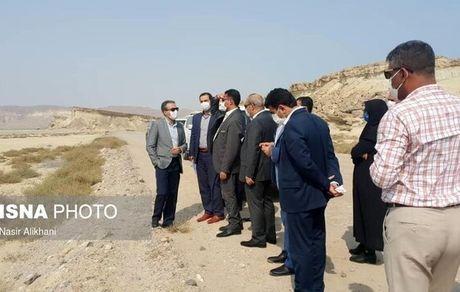 پرونده فرودگاه قدیم، غار نمکدان و پلاژ بانوان قشم روی میز دادستان