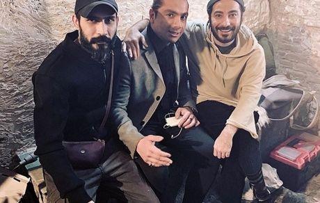 نوید محمدزاده در کنار بازیگر خط قرمز + عکس