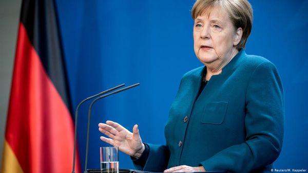قوانین جدید مرکل برای کمک به شرکتهای آلمانی