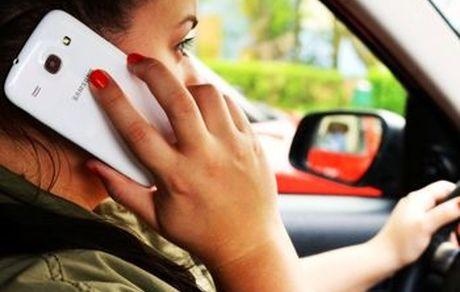 ۷ عادت اشتباه در استفاده از تلفن همراه