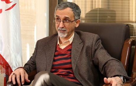 روحانی نمیتواند در اداره کابینه و امور جاری کشور تصمیم صحیح بگیرد