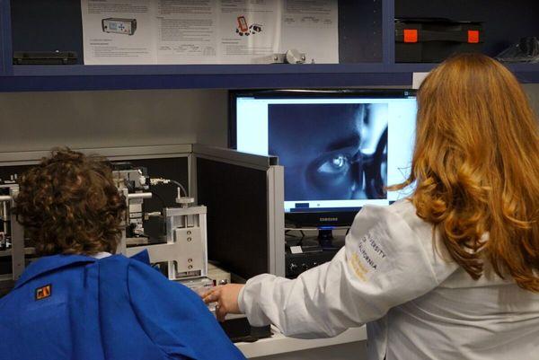 ارزیابی سلامت عصبی با ردیابی شبکیه چشم