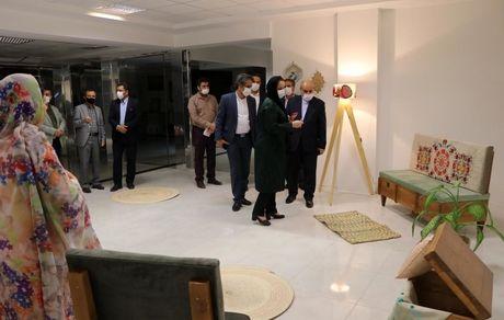 نمایشگاه صنایع دستی بانوان قشمی افتتاح شد