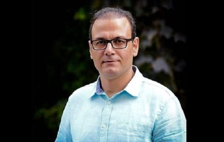 بیوگرافی و مروری بر آثار علیرضا قربانی خواننده موسیقی اصیل ایرانی