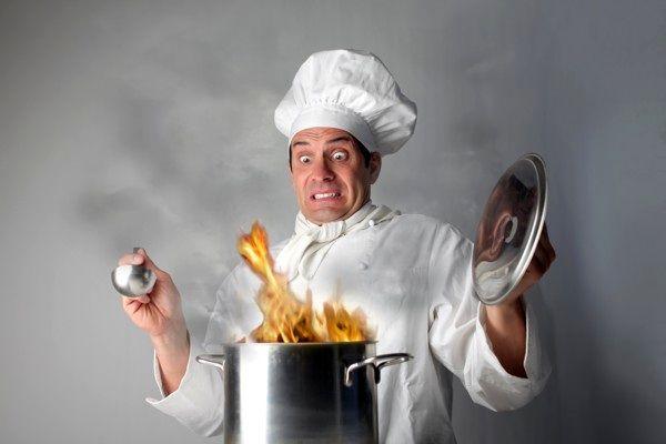 اشتباهاتی در آشپزی که غذای شما گوشه گیر می کند