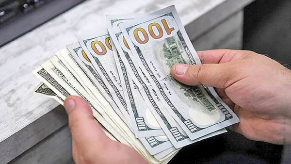 قیمت دلار و ارز چهارشنبه ۸ مرداد