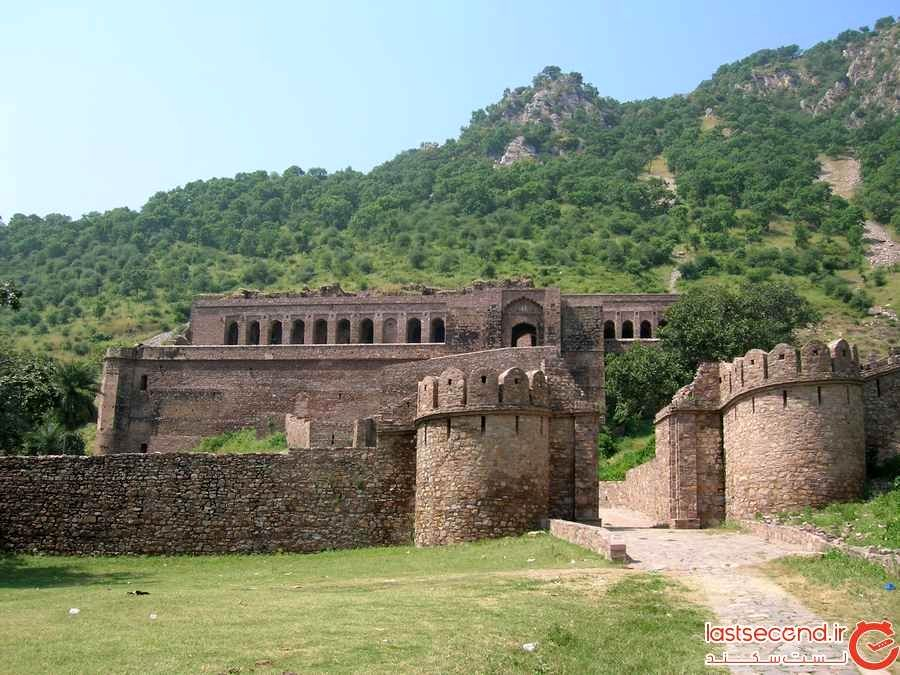 قلعه‌ی بنگار (Bhangarh Fort)