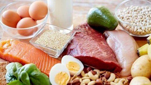 در طول روز خیلی گرسنه میشوید؟ این غذاها را بخورید!
