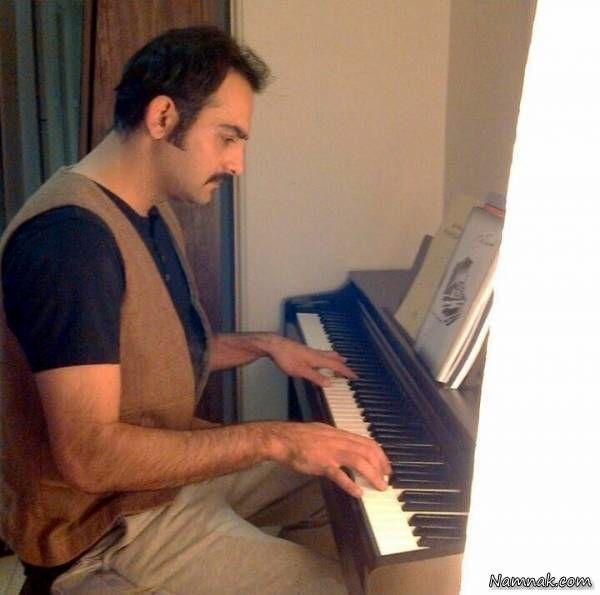 پیانو زدن حامد کمیلی