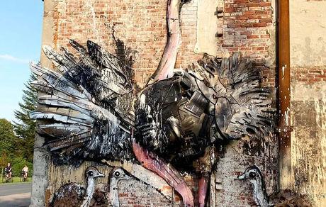 تصاویری جالب از حیواناتی که با زباله ساخته شده اند