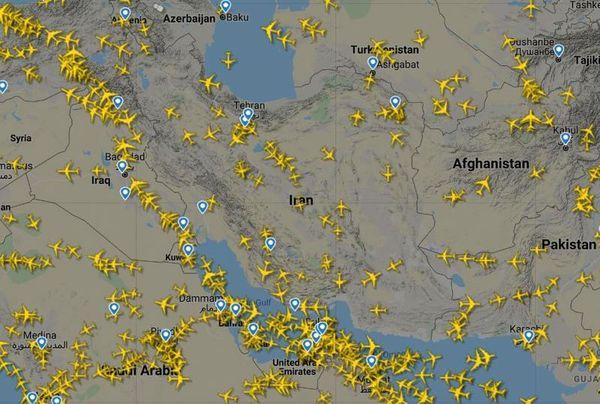 پروازهای عبوری از آسمان ایران به کمتر از نصف رسید!