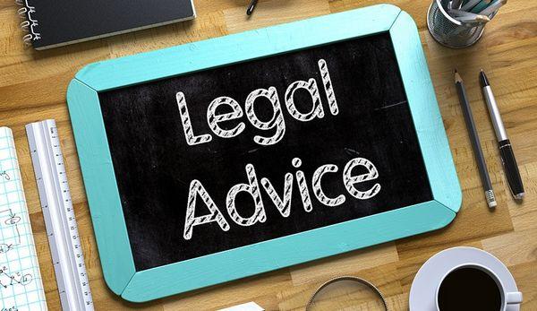در رابطه با چه موضوعاتی میتوان از خدمات مشاوره حقوقی بهرهمند شد؟