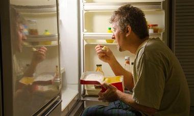 دلایل گرسنگی مجدد بعد از خوردن غذا