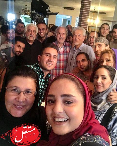 سلفی نرگس محمدی با ستایشی ها + عکس