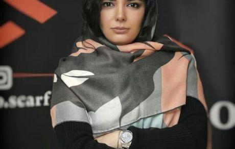 روسری خوشرنگ لیندا کیانی + عکس