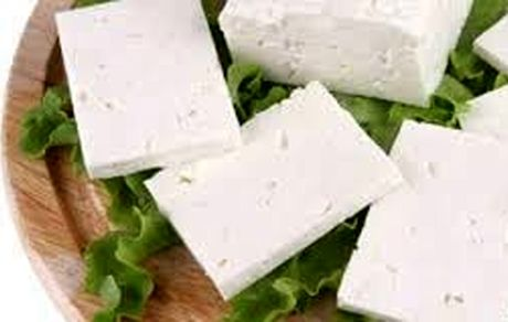 پنیر را با این 2 ماده غذایی نخورید!