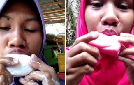 زن جوانی که عاشق خوردن صابون است ! + عکس