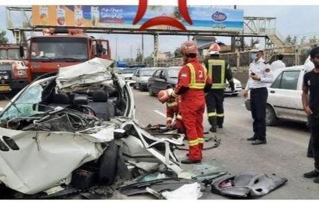 تصادف مرگبار در جاده رشت به تهران/ راننده پژو ۲۰۶ در دم جان باخت