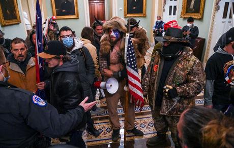 عجیب ترین شب تاریخ آمریکا؛در واشنگتن چه گذشت؟