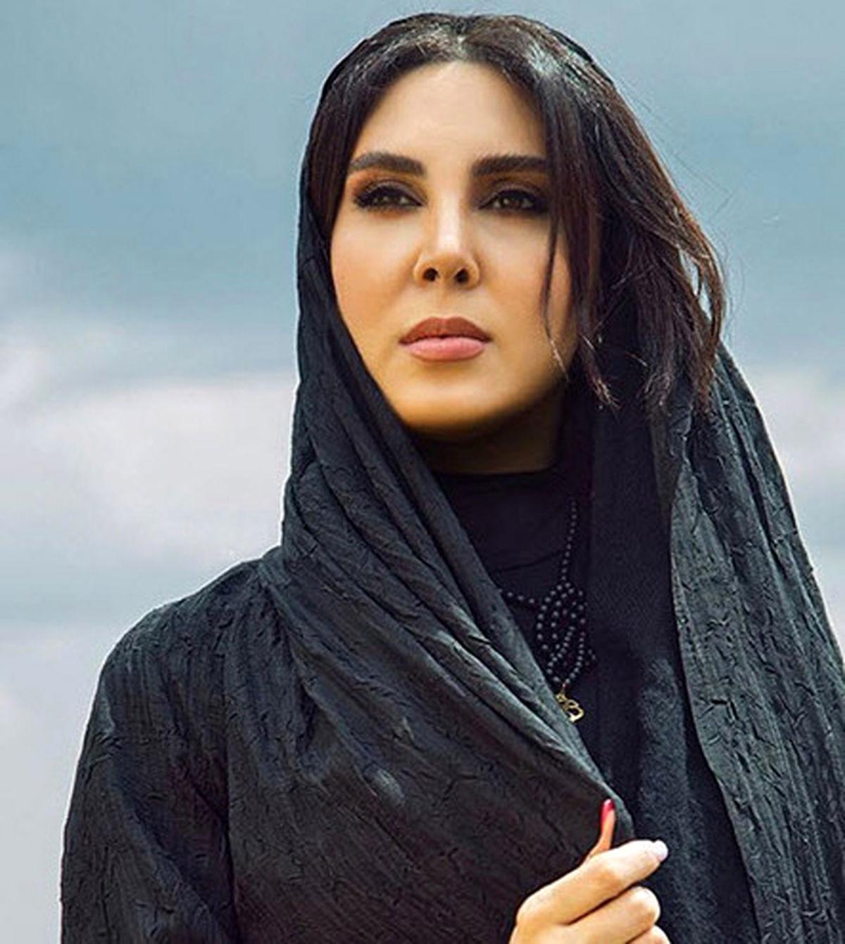 لیلا بلوکات ماجرای ممنوع الکاری و عکس جنجالی + عکس و بیوگرافی