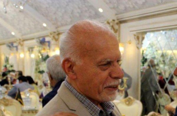 یزدی پای حقوق اساسی ملت ایستاد