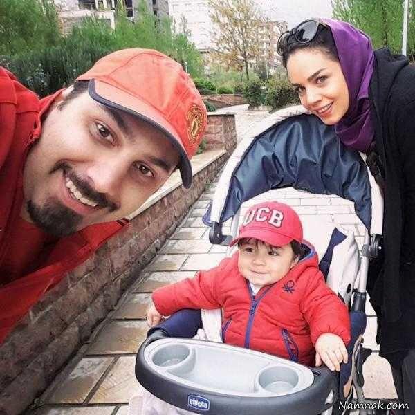 احسان خواجه امیری و همسر و پسرش
