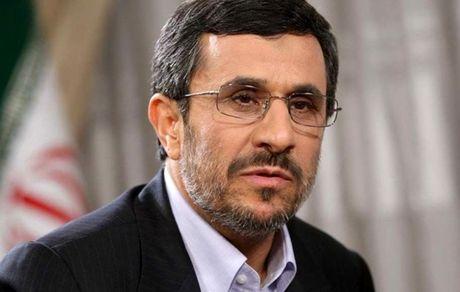 احمدی نژاد کشور را مُلک داماد و برادر و خواهر زاده هایش کرده بود