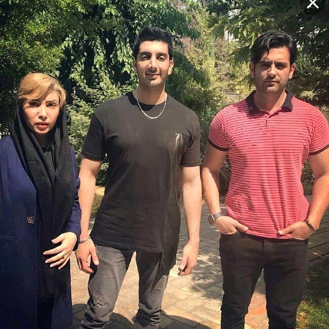 امیرحسین ارمان و فرزاد فرزین پشت صحنه سریال مانکن .. چطوره ... | Mens tops, Mens tshirts, Tops