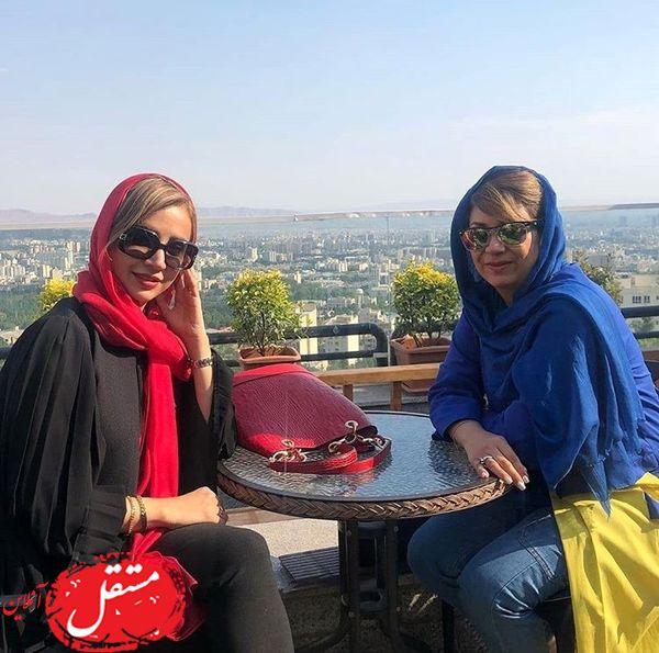 گردش شبنم قلی خانی با خواهرش + عکس