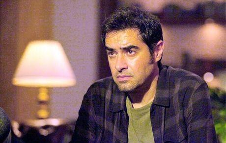 ویدئو درگیری شهاب حسینی با یک خبرنگار- نشست خبری جشنواره فجر صحنه جنگ و جدال است