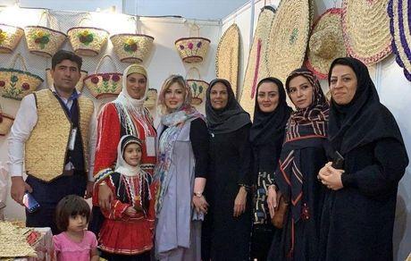 نیوشا ضیغمی در نمایشگاه زیبای صنایع دستی + عکس
