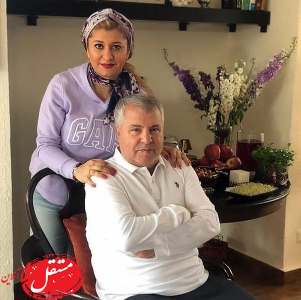 علی پروین و دخترش در خانه شان + عکس