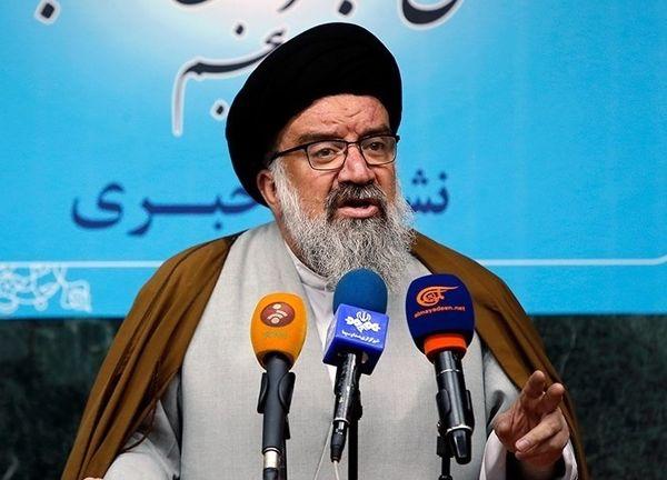 برای رشد ایران هر ۱۰ نفر یک طلبه لازم دارند