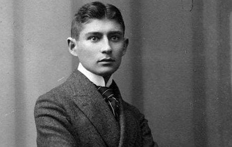 17 نکته خواندنی درباره زندگی فرانتس کافکا؛ نویسندهای که پس از مرگش به شهرت رسید