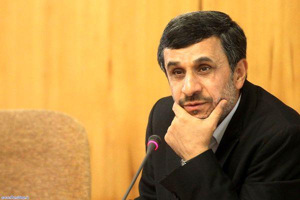 محمود احمدی نژاد در راهپیمایی 22 بهمن+ ویدئو