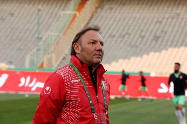 مرد ایتالیایی روی نیمکت تیم لیگ برتری