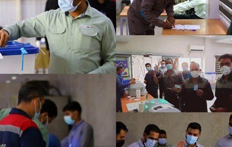 حضور پرشور کارکنان شرکت فولاد هرمزگان در انتخابات ریاست جمهوری