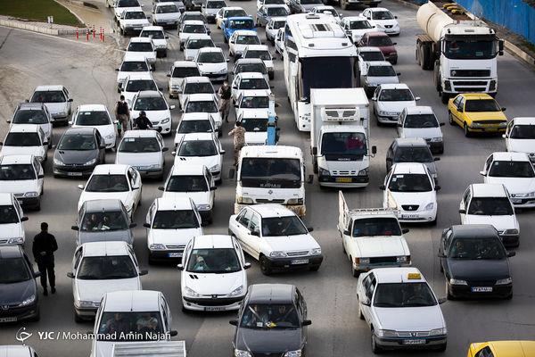 پیش بینی آینده قیمت خودرو