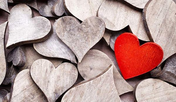۷ نشانه ی اعتیاد به عشق