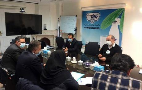 بررسی مسائل و موانع فروش بازار تبریز