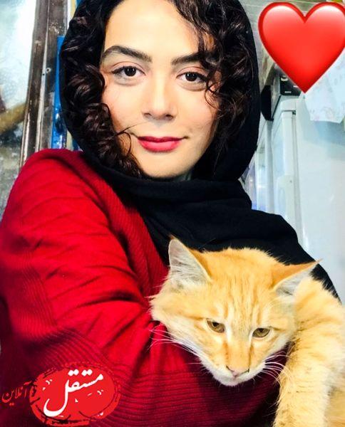 گربه بامزه خانم بازیگر + عکس