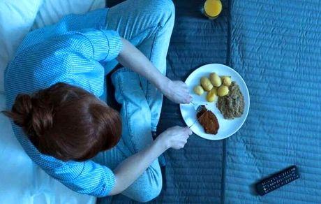 غذا خوردن در این زمان چاق تان می کند