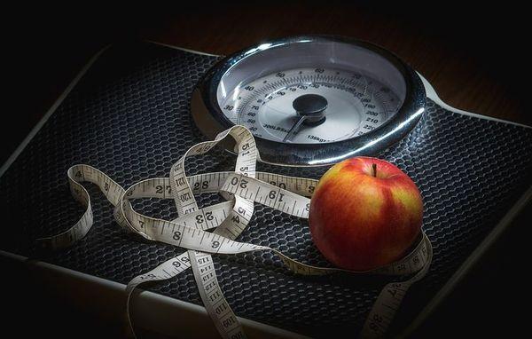 چرا با رژیم هم وزن کم نمیکنیم؟ + عکس