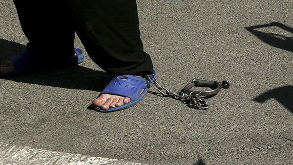 برادرزاده بی رحم با آبروی عمویش بازی کرد / مرد بدنام شیراز بازداشت شد